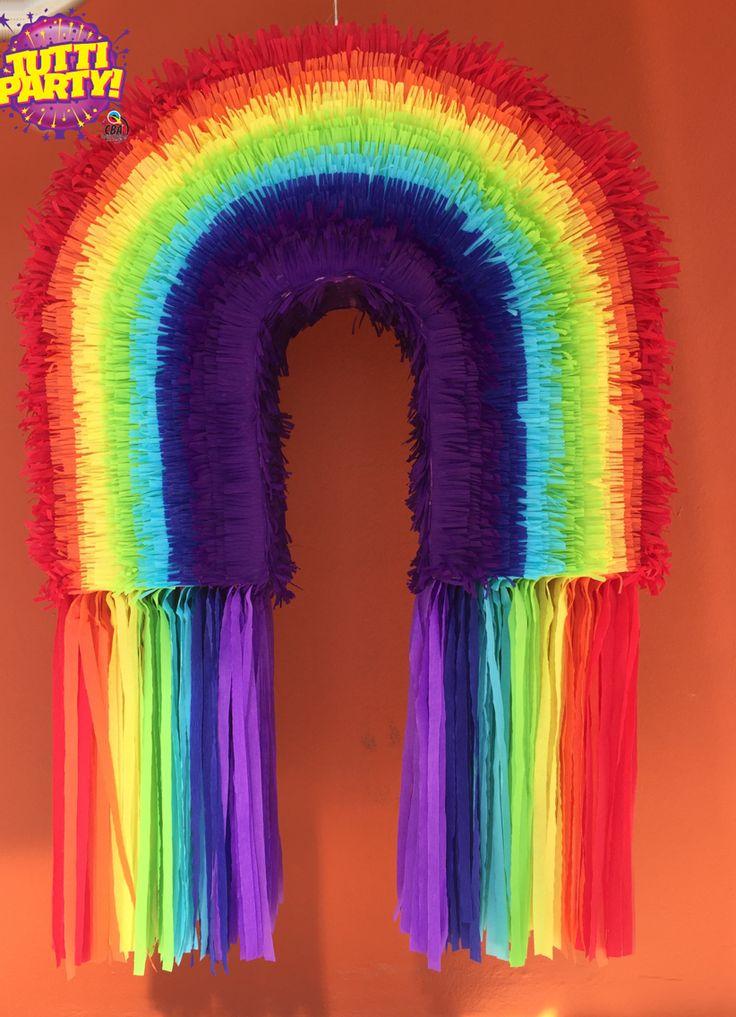 Rainbow piñanata, piñata de arcoiris rainbow brite Party ideas, piñata de arcoiris Rainbow brite. Fabricamos la piñata que necesites ventas@tuttiparty.mx