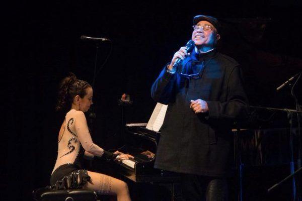 La pianista Virginia Ramírez y el cantante Edgar Dolor Quijada llevaron los ritmos venezolanos a Colombia http://crestametalica.com/la-pianista-virginia-ramirez-cantante-edgar-dolor-quijada-llevaron-los-ritmos-venezolanos-colombia/ vía @crestametalica