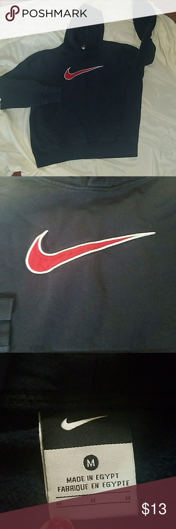 Final price Boys navy blue nike sweatshirt Boys navy blue nike pull over hoodie sweatshirt size med could fit 10 to 12 best I would say no drawstring Nike Other