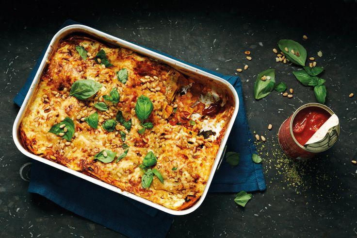 Oppskrift på en vegetar lasagne fylt med baby spinat ricotta og masse urter