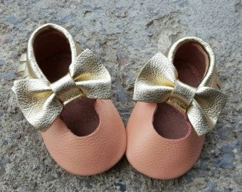 Pink Baby Bow Moccasins Leather Baby Moccasins Soft by BabyBootiez