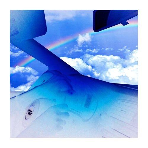 Ménage à Trois - Bobby's Prism (LeonxLeon remix) by Cracki Records on SoundCloud