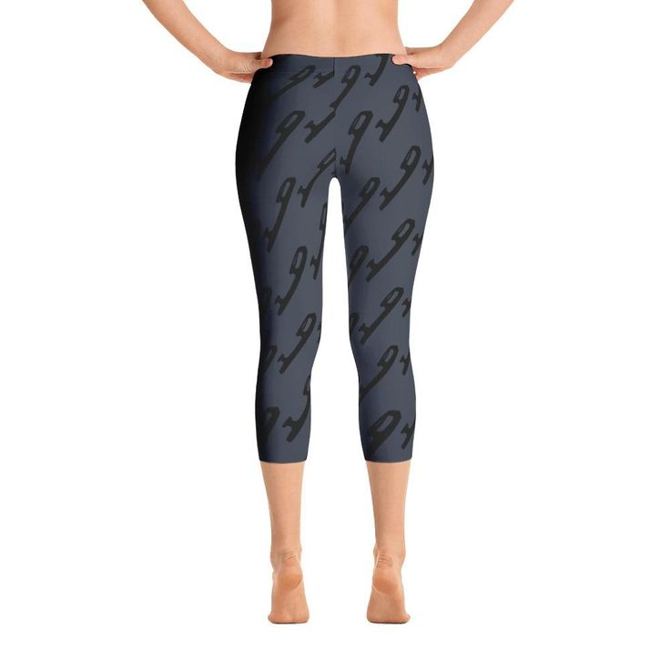 Gray Black Capri Leggings with Blades
