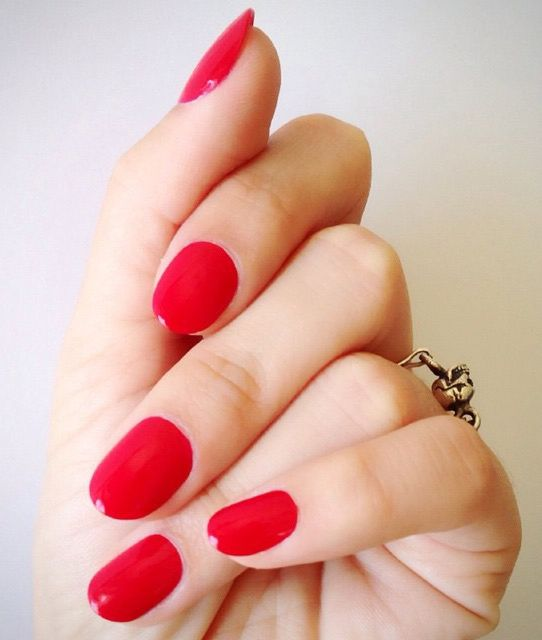 Best Bright Red Nail Polish: The Best Manicure Inspiration For Fall