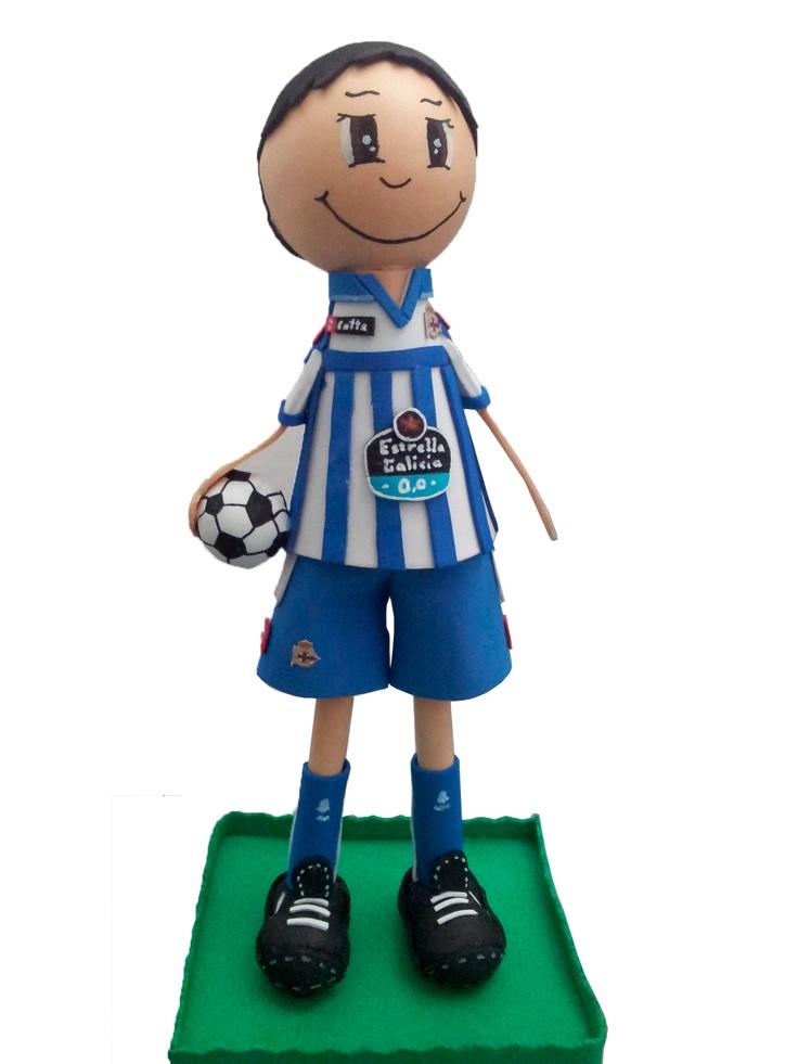 Fofucho jugador Deportivo A Coruña 2012/2013 de apróximadamente 25cm de altura.  Disponible también en 35cm y 50cm de altura.  Regalo ideal para el aficionado deportivista. Personaliza a tu fofucho con tu jugardor del Deport favorito.