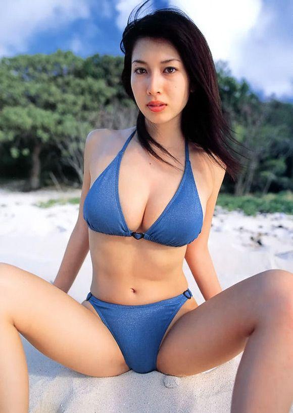 emi-kobayashi-naked-asian-gravure-model-6.jpg (580×818)