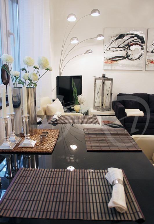 Unique Ein sehr luxeri s wirkender Esszimmertisch Die Deko ist passend abgestimmt ideen esszimmer