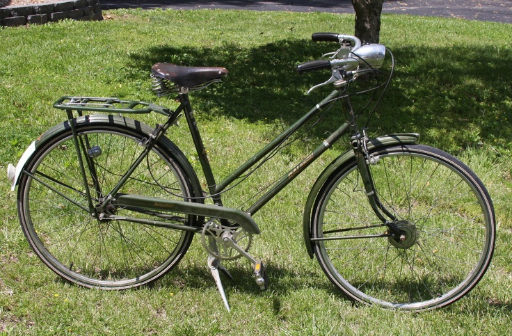 Vintage Ladies Raleigh Bike Bicycle 3-Speed Sturmey Archer Brooks Saddle, looks a lot the one I had.  It was stolen out of my dorm basement at Wellesley over winter break.  I miss it still.