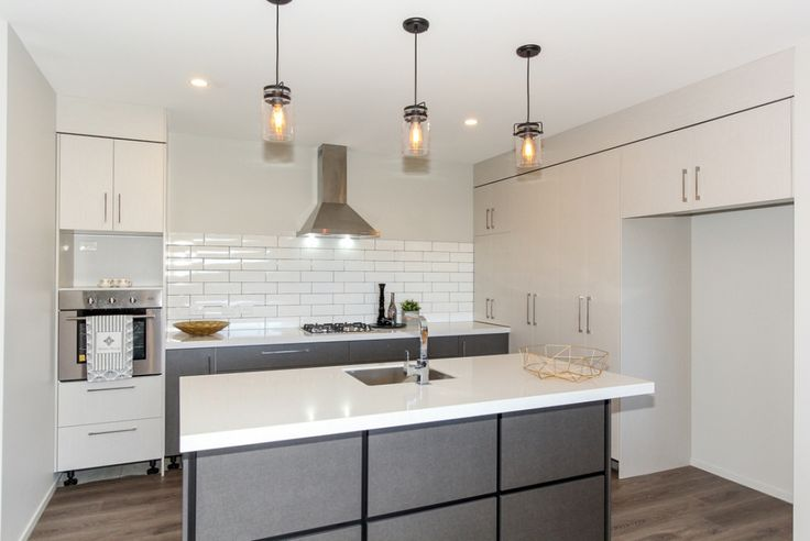 Fresh, bright and stunning are just a few words to describe this brand new build. The beautiful dark exterior is accented by white linea and aluminum joinery giving it a chic modern look. This beautiful home is located in the new subdivison on...