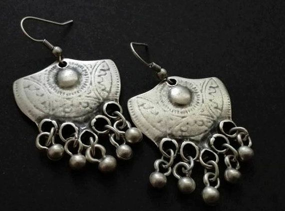 Hey, I found this really awesome Etsy listing at https://www.etsy.com/listing/482113684/antique-silver-plated-earrings-ethnic