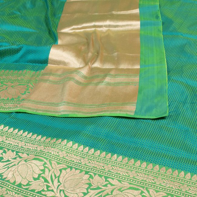 Shivangi Kasliwaal Banarasi Tanchoi Katan Silk Sari 10000512 - AVISHYA.COM