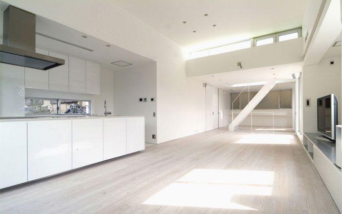 岡町の家 鉄骨3階建の開放的な家 ダイニング・キッチン・リビング