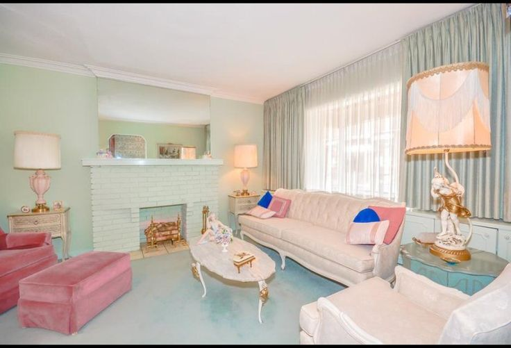 Perfectly Preserved 1950s Home Is A Living Time Capsule