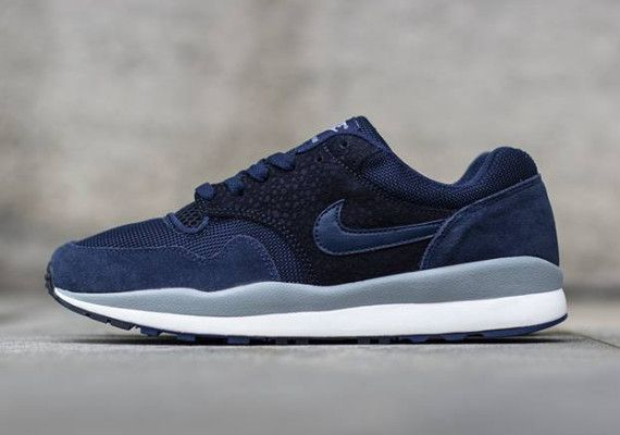Nike Air Safari   Midnight Navy   Dark Obsidian