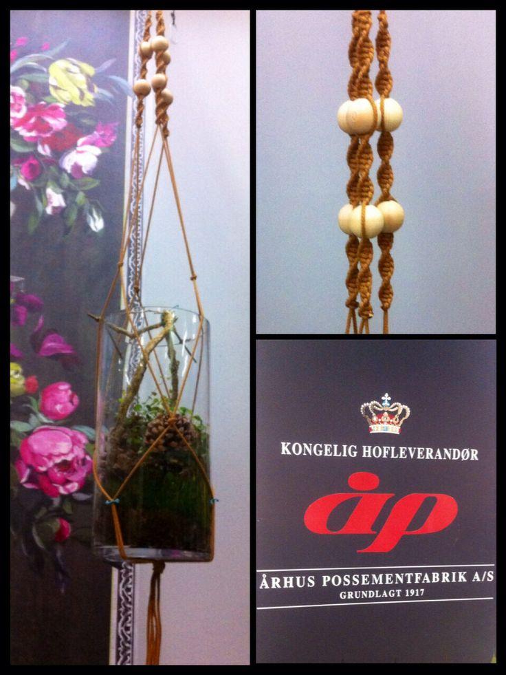 DIY hanger.... Speciel macrame Cord for flower hangers by www.aarhus-possement.dk