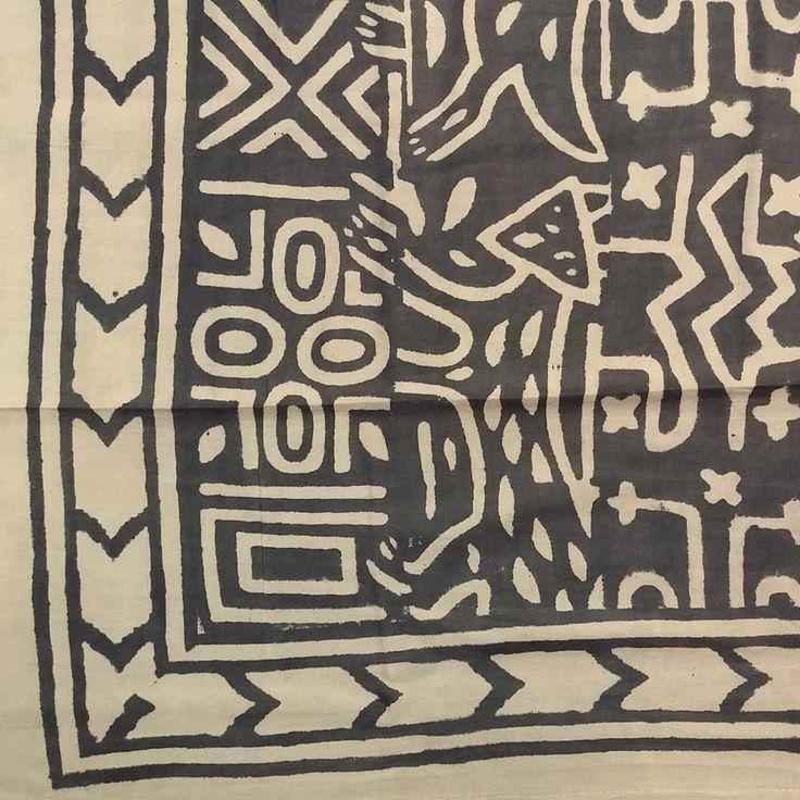 Handmade 100% Cotton Dabu Brush Print Tapestry Tablecloth Bedspread Coverlet Beach Sheet Bed Sheet Queen 106x106 Black
