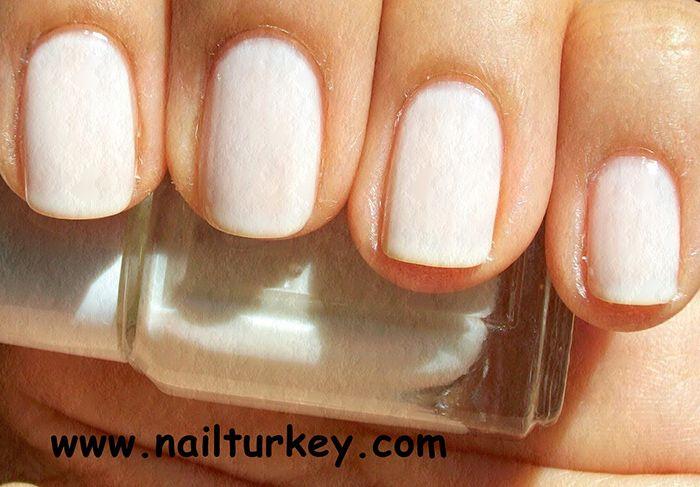 Protez Tırnak, kalıcı oje, stickerlar, manikür araçları ve daha birçok ürün Nail Turkey güvencesiyle  http://www.nailturkey.com/protez-tirnak