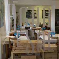 Agua e Sal - great seafood restaurant in Azenhas do Mar (Sintra area) with homemade ice-creams ;)