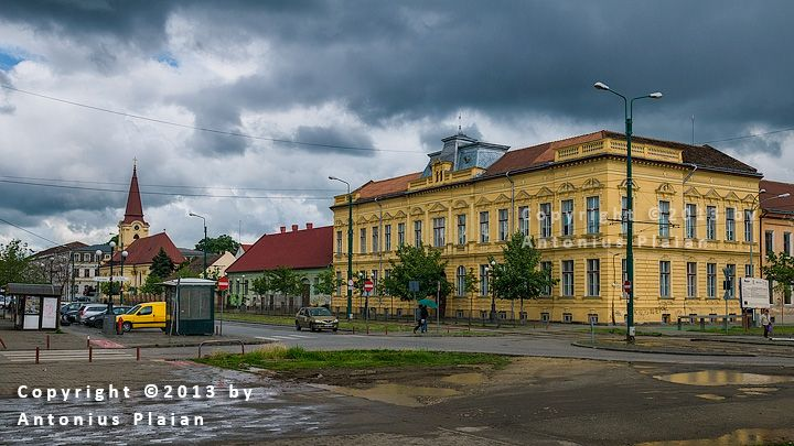 Timisoara - Josefin Neighborhood..Școala generală nr.12