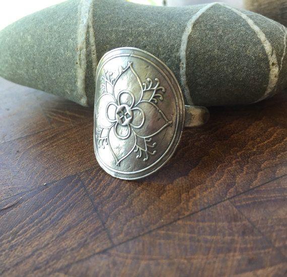 Vierpass Mehndi Ring Recyled Sterling von louiseodwyerdesigns
