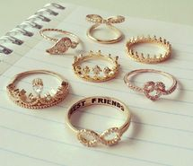 fashion, pink, girl, jullnard, accessories, colorful makeup, cute, watch, bracelet, diamond, hand, chanel , rings , bow , heart , crown