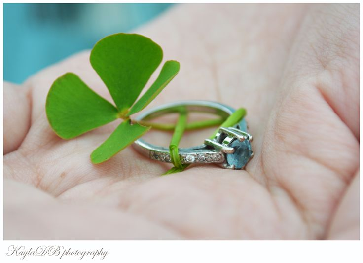 Aqua engagement wring with a lucky four-leaf clover !