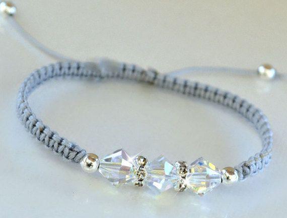 Pulsera de la amistad se hace con cable de 1mm para, cristales de swarovski y separadores de cristal. También se puede hacer la pulsera con cierre regular. Especificar en el check-out. Colores de encargo y tamaños disponibles