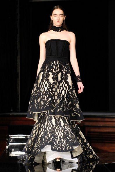 Tex Saverio (Indonesian Designer) Runway - Paris Fashion Week Womenswear Fall/Winter 2014-2015