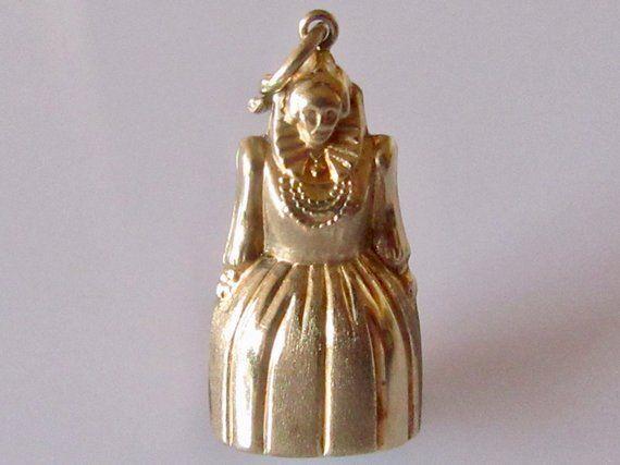 24ebe456d 9ct Gold Queen Elizabeth I Charm | Vintage Charm Bracelets and ...