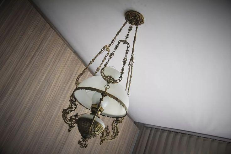 lustre colonial bronze com cupula opaline 32 cm - anos 40