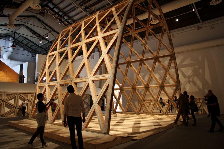 Solano Benítez León de Oro mejor participaciónBienal de Arquitectura de Venecia designboom