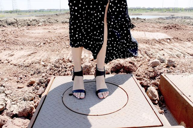 SELFTIMERS : Prints & Land - polka dots and shoes inspiration