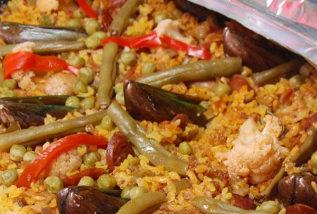 I very rarely prepare Paella because it entails so much preparation. Twenty five years ago, my sister shared me this Paella, Filipino Style recipe and it seemed simple to prepare. Until a year ago,