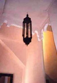 marokkaanse meubels, marokkaans interieur, moorse en oriëntaalse stijlelementen