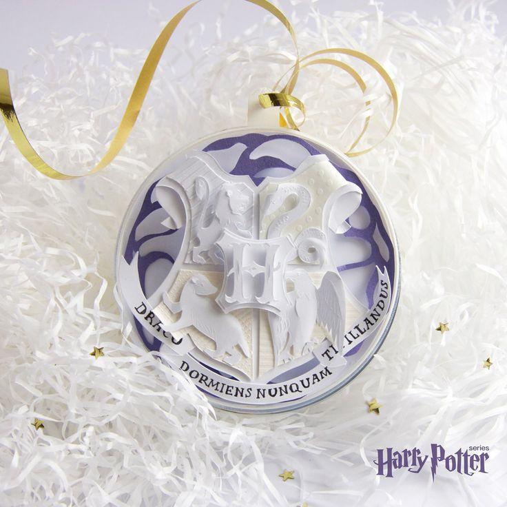 Hogwarts paper logo