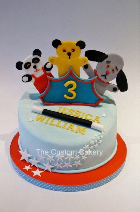 Sooty, Sweep and Sue birthday cake - what a lovely idea!