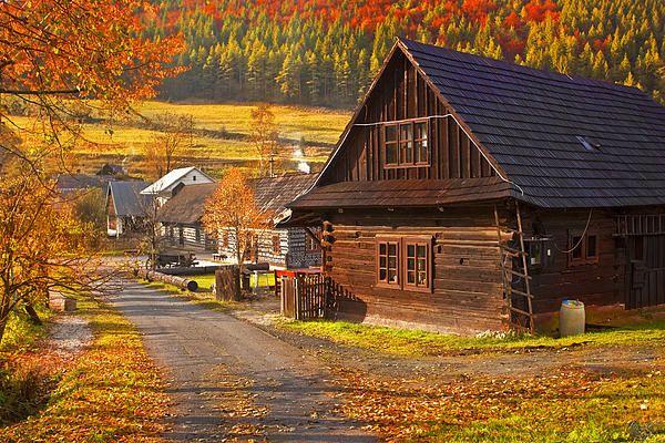 Slovakia, Folk Architecture