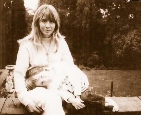 Cynthia Powell-Lennon♥♥Julian Lennon