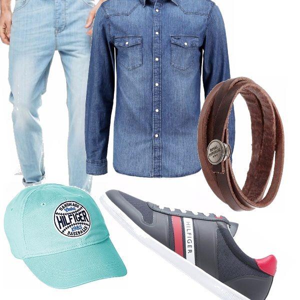 Sono gli ultimi giorni di ferie e poi tornerai con scarpe stringate e pantaloni addosso. Indossa, quindi dei comodi jeans e una bella camicia di jeans con maniche arrotolate in modo da far vedere il tuo braccialetto in cuoio. Indossa il cappellino HILFIGER abbinato alle sneakers, belle e originali grazie ai colori blu, rosso e bianco e anche super scontate.