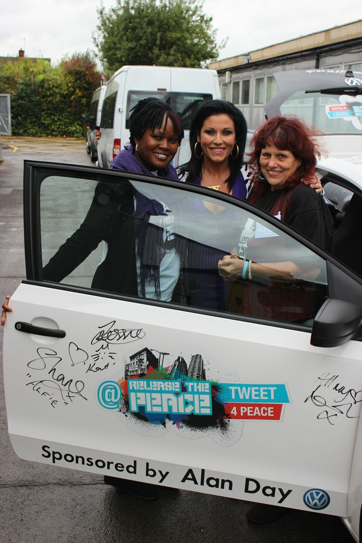 Jessie Wallace with Grace Idowu and Margaret Mizzen at the Peace Car signing