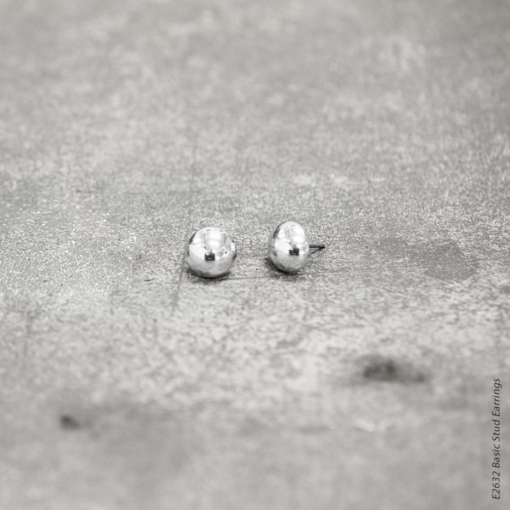 #miglio E2632 Basic burnished silver stud earrings