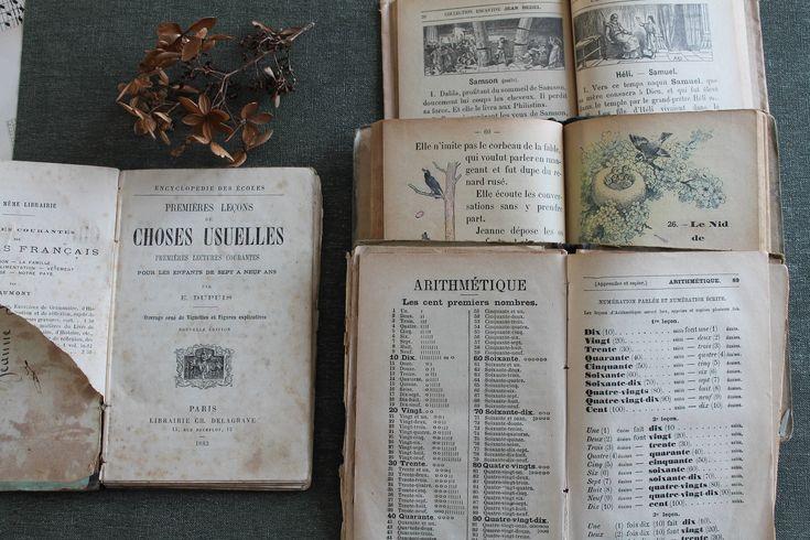 Voici ce que je viens d'ajouter dans ma boutique #etsy : 4 livres scolaires anciens de poche pour scrapbooking : Histoire sainte, Choses usuelles de 7 à 9 ans, 1938, 171028 http://etsy.me/2CiCB5E #fournitures #marron #anniversaire #loisirscreatifs #scrapbooking