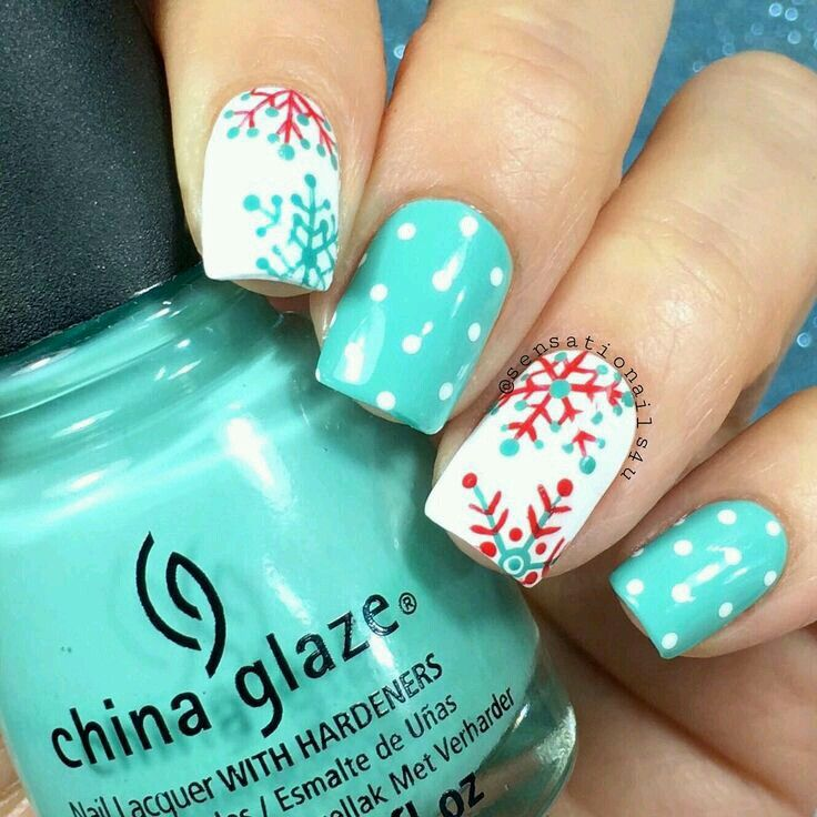 25 gorgeous christmas nail designs ideas on pinterest xmas beautiful for winter or christmas prinsesfo Image collections