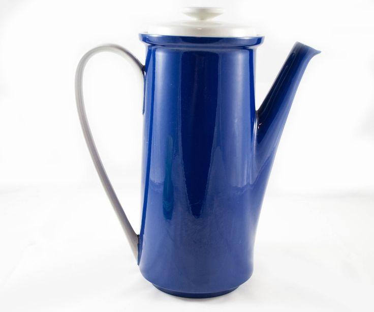 Théière vintage de mikasa bleu pour votre thé de la journée de la boutique 3rvintages sur Etsy