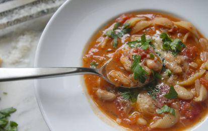 Pasta e fagioli - Pasta e fagioli è un piatto tipico italiano molto tradizionale. Un piatto unico sano e nutrizionalmente completo.