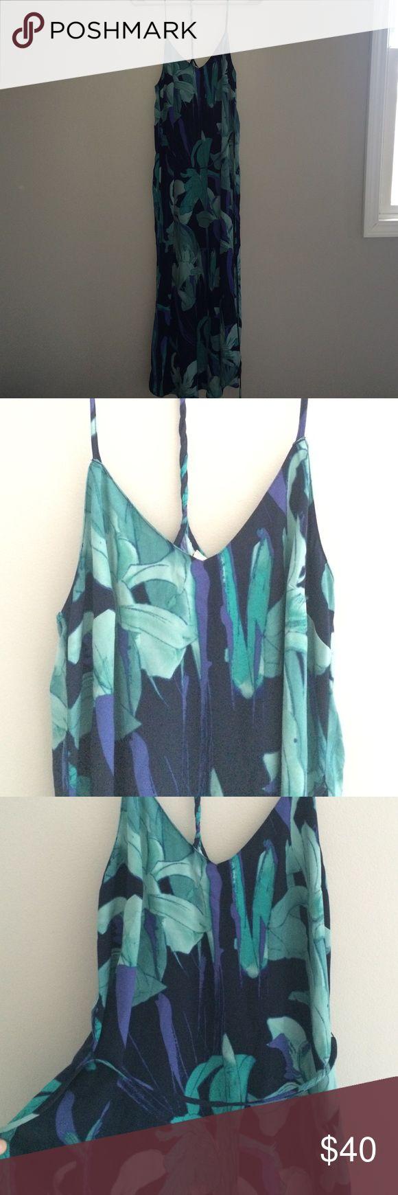 Loft Ann Taylor midi Summer dress Never worn new with tags! No trades, make an offer! LOFT Dresses Midi