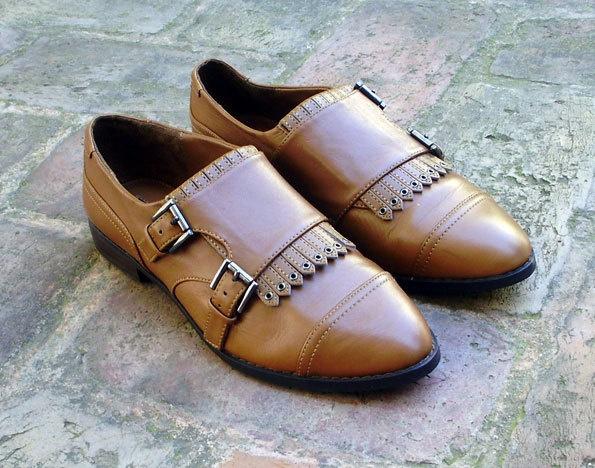 Camel brown flats oxfords loafers shoes size US 7.5, EUR 38, UK 5. $32.00, via Etsy.