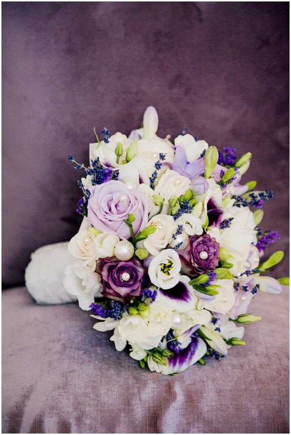 Radiant orchid wedding bouquet | Image by Jo Bradbury Photography