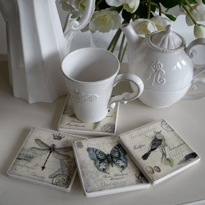 Set of 4 nature coasters