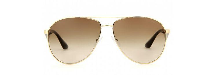 Prada http://www.vogue.fr/mode/shopping/diaporama/shopping-lunettes-de-soleil-pilote-aviateur-printemps-ete-2014/19245/image/1013760#!prada-shopping-lunettes-de-soleil-aviateur-pilotes